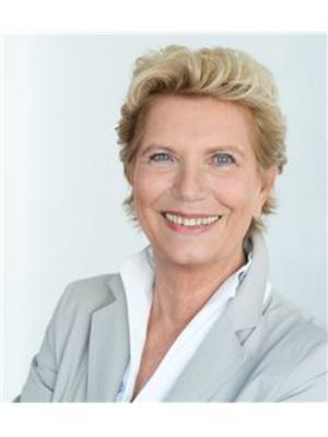 Monika Ruhland
